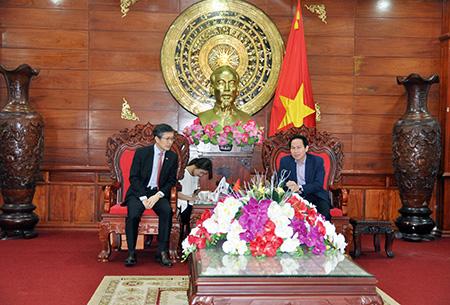Tổng Lãnh sự quán Hàn Quốc đến chào xã giao lãnh đạo tỉnh Hậu Giang