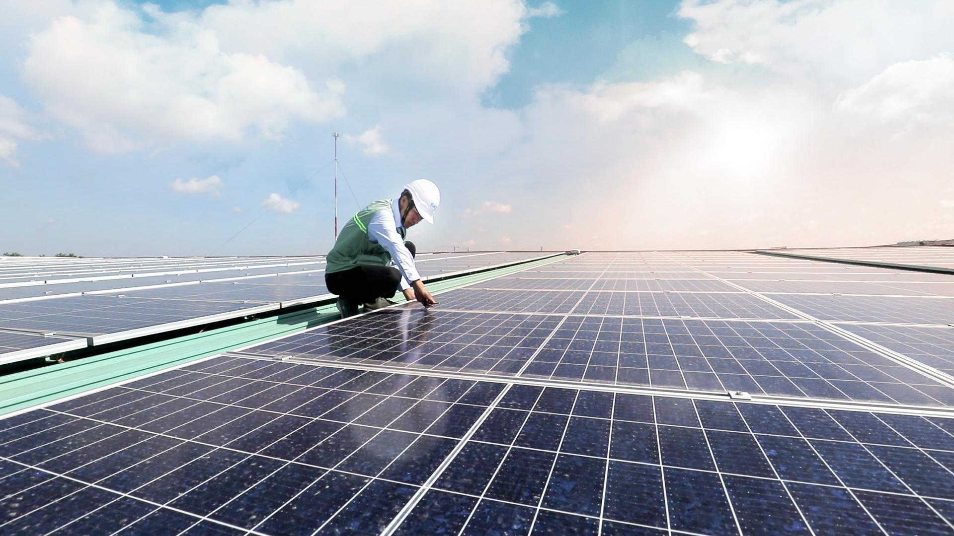 Bộ Công Thương ban hành văn bản hướng dẫn về đầu tư điện mặt trời mái nhà