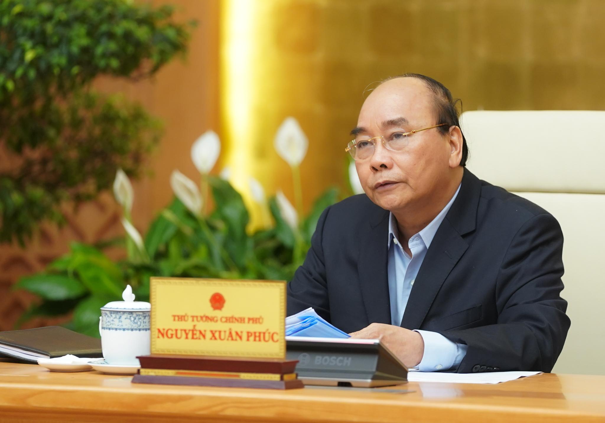Thủ tướng Nguyễn Xuân Phúc: Tạo mọi điều kiện cho kinh tế tư nhân yên tâm đầu tư, kinh doanh