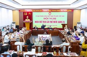 Triển khai quyết định của Bộ Chính trị về công tác cán bộ